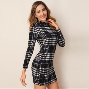 ✨JUST IN!! Plaid Bodycon Mini Dress✨